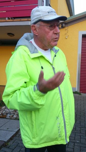 Gerd Fuchs beim morgendlichen Briefing